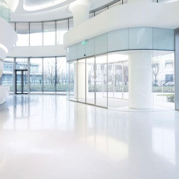 Cleaning services for your commercial places